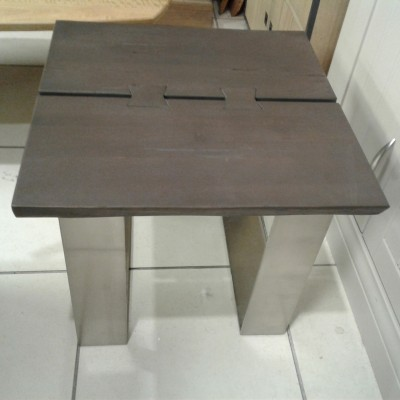Luxemberg lamp table